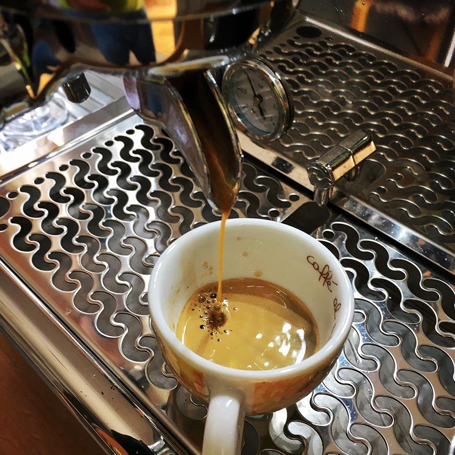 nichts geht über einen guten Espresso - natürlich selbstgemacht