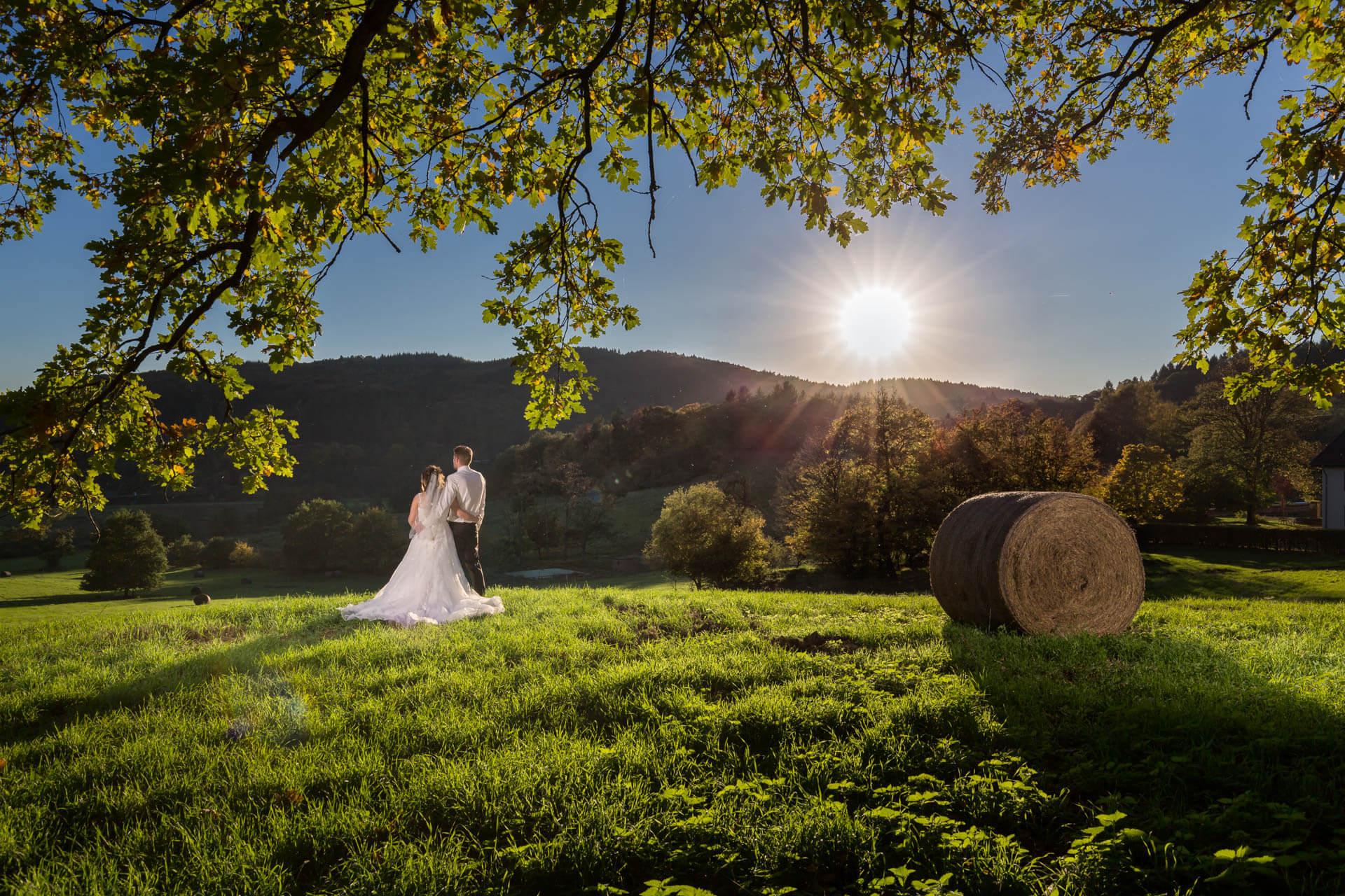 Sonnenstrahlen, brautpaar, Hochzeitsfotograf Saarlouis Saarland